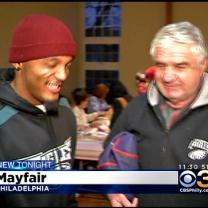 Philadelphia Eagles Kick Off Holiday Season By Giving Back