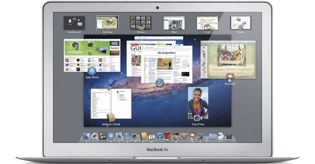 Mac OS X Lion scores over a million downloads on first day      (Yahoo! News)