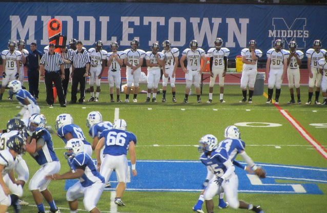 The Middletown football team is among the first to test the i1 mouthguard — Flickr
