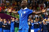 Del Bosque: Balotelli is very peculiar