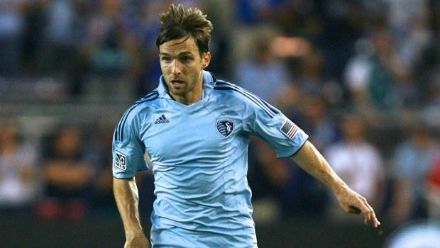 Toronto FC continue making moves, trade draft pick for Sporting KC winger Bobby Convey