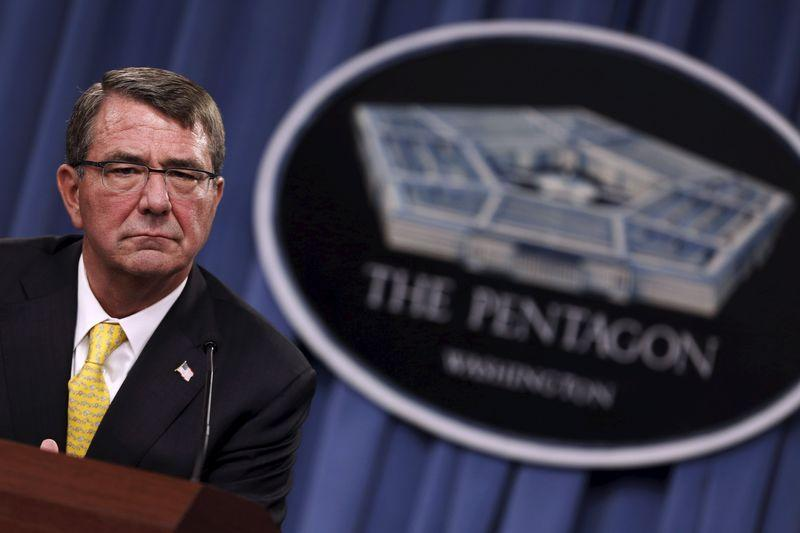 Pentagon teams up with Apple, Boeing to develop wearable tech