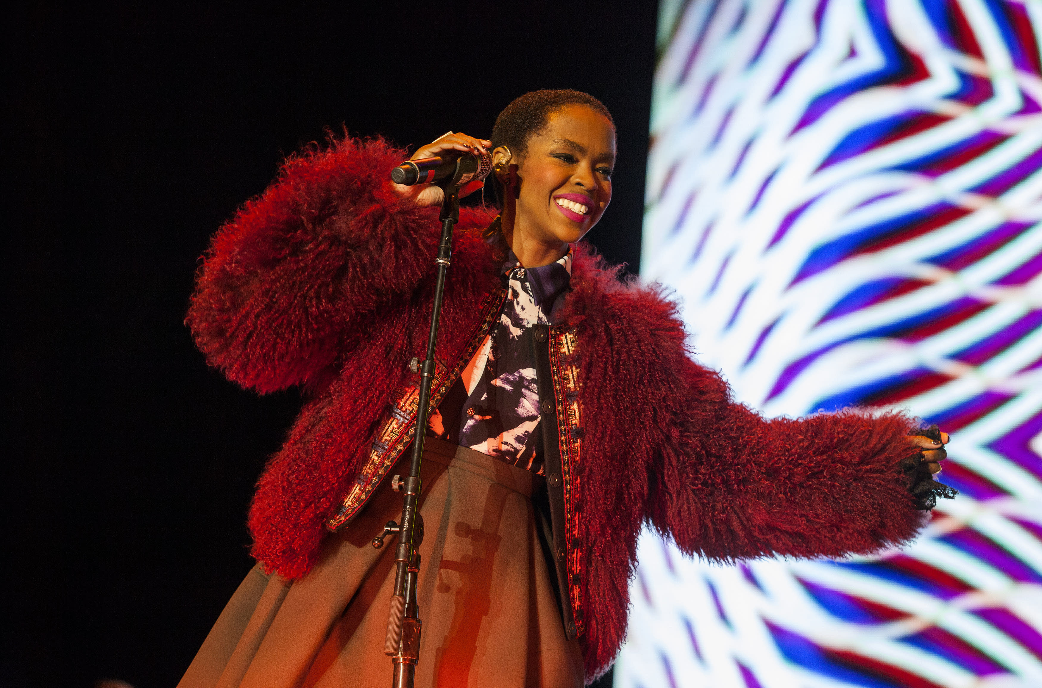 Lauryn Hill cancels Israel show to avoid stirring tensions