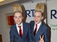 Jedward Luncurkan Video 'Young Love'