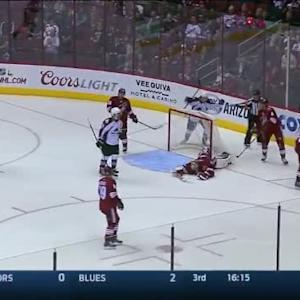 Gabriel Landeskog Goal on Mike Smith (05:49/2nd)