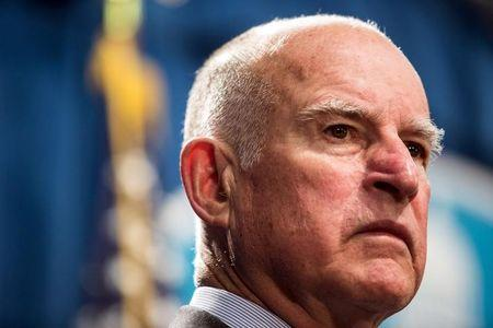 Californians worry about water, favor legalizing pot and like Jerry Brown: poll