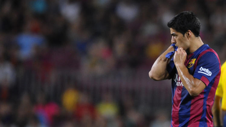 FIFA bans Barcelona signing any players in 2015