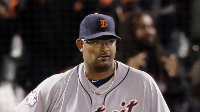 Detroit Tigers' Jose Valverde reacts after giving up a run in the seventh inning of Game 1 of baseball's World Series, against the San Francisco Giants, Wednesday, Oct. 24, 2012, in San Francisco. (AP Photo/Charlie Riedel)