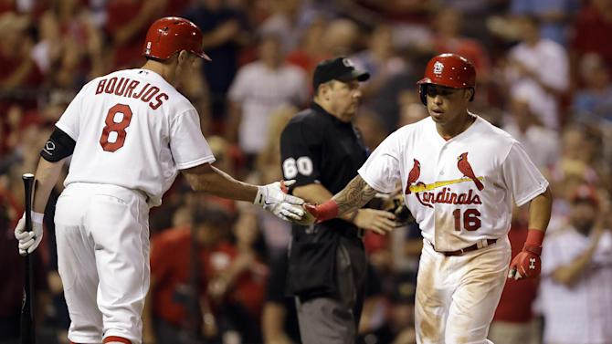 Lynn wins 10th, Cardinals top Pirates 5-2