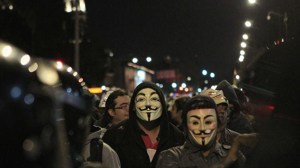 FBI: Anonymous Hackers Stole Over 100,000 Employees' Information