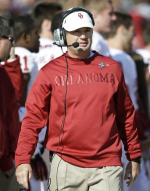 Oklahoma head coach Bob Stoops looks on during the second half of an NCAA college football game against Iowa State, Saturday, Nov. 3, 2012, in Ames, Iowa.  Oklahoma won 35-20. (AP Photo/Charlie Neibergall)