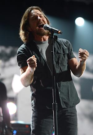 Q&A: Eddie Vedder on Pearl Jam's New LP and Hate-Watching the VMAs