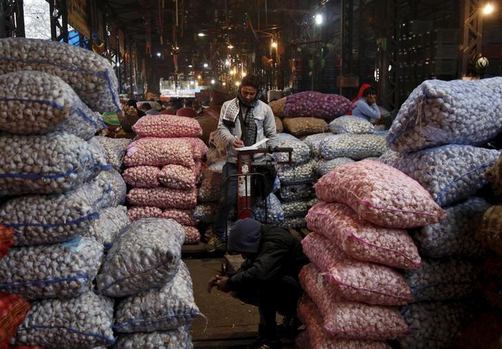 Experts react as retail inflation hits 17-month high in January