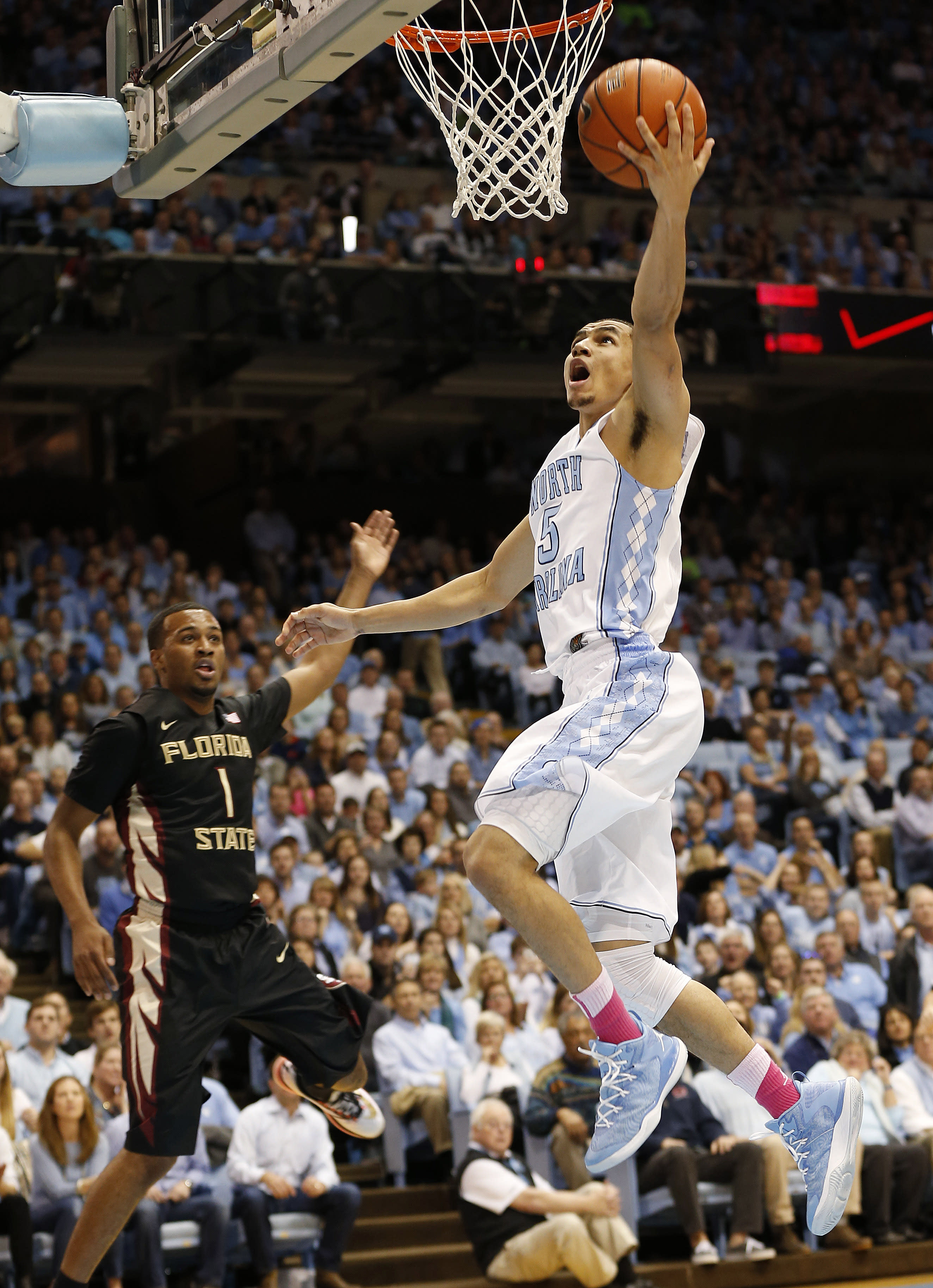 No. 15 North Carolina holds off Florida State 78-74 in ACC