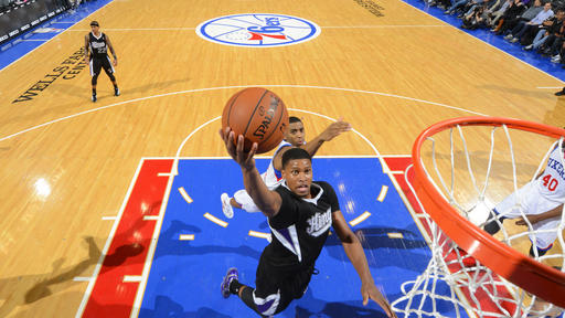 Gay, Thomas lead Kings past Sixers 115-98