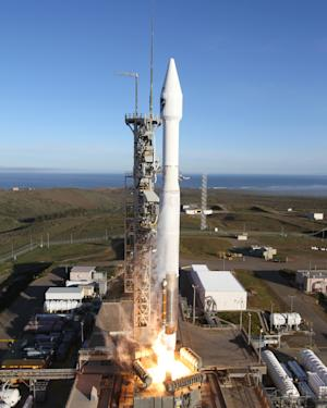 US defense weather satellite launched