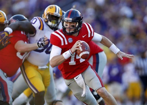 No. 8 LSU outlasts Ole Miss, 41-35