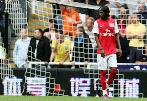 Arsenal's Gervinho, is seen walking off the pitch after being shown a red card after hitting Newcastle United's Joey Barton during their English Premier League soccer match at St James' Park, Newcastle, England, Saturday, Aug. 13, 2011. (AP Photo/Scott Heppell) NO INTERNET/MOBILE USAGE WITHOUT FOOTBALL ASSOCIATION PREMIER LEAGUE(FAPL)LICENCE. CALL +44 (0) 20 7864 9121 or EMAIL info@football-dataco.com FOR DETAILS