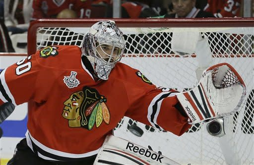 Blackhawks move within 1 win of Stanley Cup title