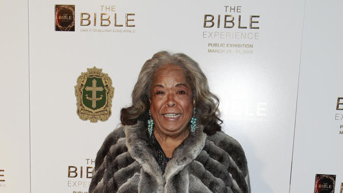Della Reese pose on the red carpet at the celebration of theApril 2Blu-ray, DVD, and Digital HD releaseof THE BIBLEfrom Twentieth Century Fox Home Entertainment  during The Bible Experience opening night gala, a rare exhibit of biblical artifacts, in New York City on Tuesday, March 19 in New York. (Photo by Mark Von Holden/Invision for Fox Home Entertainment/AP Images)