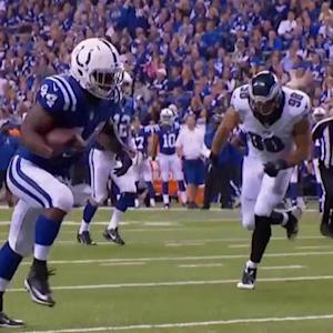 Indianapolis Colts running back Ahmad Bradshaw hauls in second TD