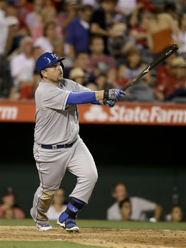 Butler's 5 hits, 5 RBIs help Royals rout Angels