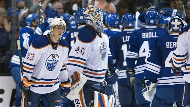 Bolland's OT goal lifts Maple Leafs over Oilers