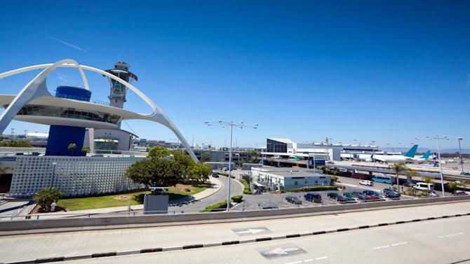 Committee OKs proposal to move LAX runway