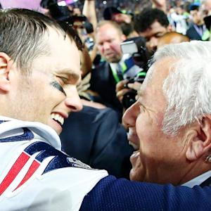 Patriots owner Robert Kraft zings Manning family over Super Bowl win total