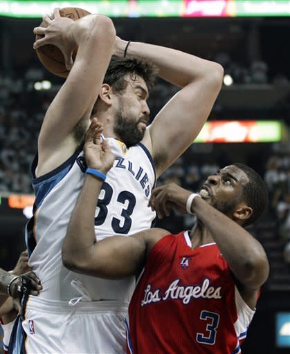 Clippers advance, knock out Grizzlies 82-72