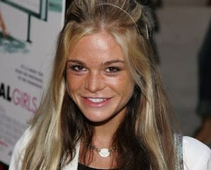 Exclusive: Ellen Muth to Visit NBC's Hannibal