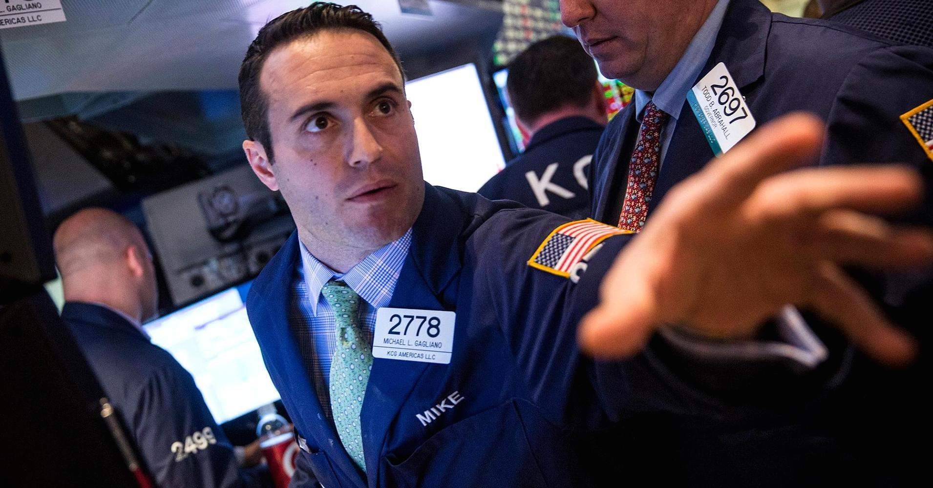 Stocks finish mildly higher as energy offsets tech