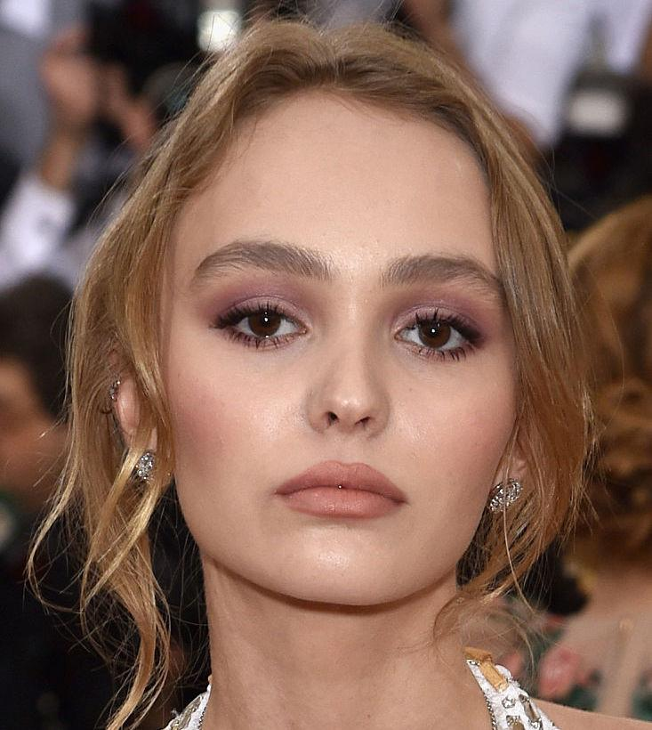 Lily-Rose Depp has the perfect response to all the fans who keep telling her to smile