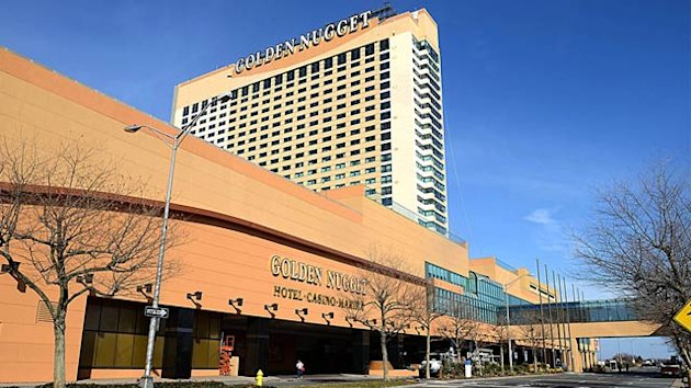 New Jersey Casino Suing Gamblers Who Won $1.5 Million, Blames Unshuffled Decks of Cards (ABC News)