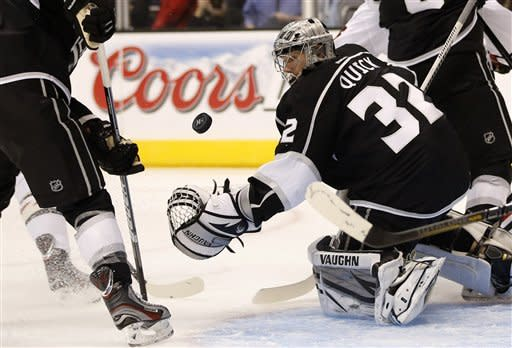 Blackhawks crash LA Kings' party with 5-2 rout
