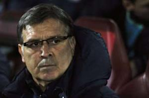 Martino: Barca has faced more serious problems than Rosell resignation