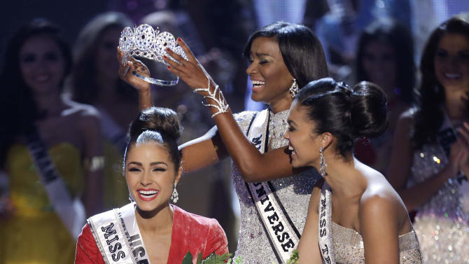 Miss USA Olivia Culpo is crowned Miss Universe