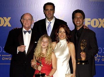 "Peter Boyle, Madylin Sweeten, Brad Garrett, Patricia Heaton, Ray Romano Outstanding Comedy Series ""Everybody Loves Raymond"" 55th Annual Emmy Awards - 9/21/2003"