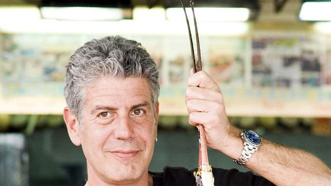 Anthony Bourdain at Chuen Kee Seafood Restaurant in Sai Kung area of New Territories, Hong Kong as seen on Anthony Bourdain: No Reservations.