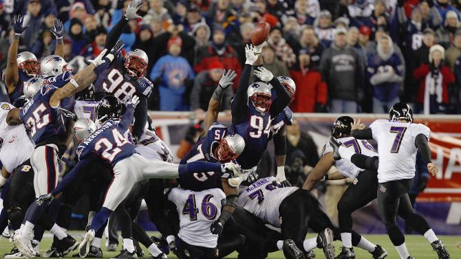 Baltimore Ravens kicker Billy Cundiff (7) misses a 32 yard field goal in the closing seconds of the second half of the AFC Championship NFL football game  Sunday, Jan. 22, 2012, in Foxborough, Mass. The Patriots defeated the Ravens 23-20.    (AP Photo/Charles Krupa)