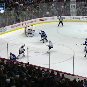 Matt Hackett Save on Daniel Sedin (09:52/1st)