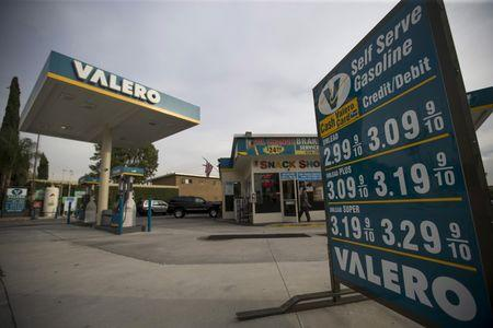 Valero Energy sues U.S. EPA over biofuels plan
