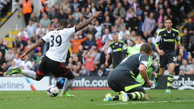 Darren Bent scores for Fulham against Stoke