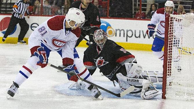 Semin's OT goal gives Canes 5-4 win over Canadiens
