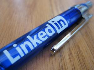 6 Reasons To Embrace LinkedIn