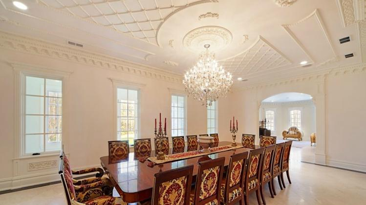 An American 'palace' with a pool at its heart dining room