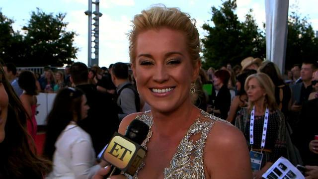 Kellie Pickler Talks Boozing at the ACM Awards and 'Sassy' New Single
