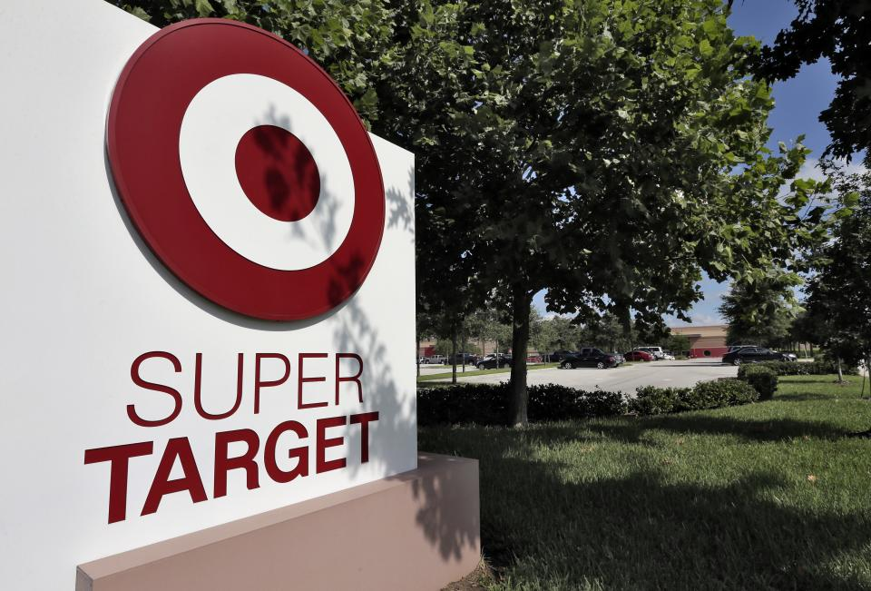 Target's 2Q profit falls 13 pct on shopper caution