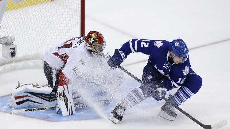 Maple Leafs beat Senators 5-4 in shootout