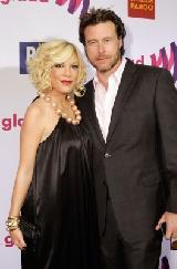 Tori Spelling and Dean McDermott arrive at the 22nd Annual GLAAD Media Awards on April 10, 2011 in Los Angeles -- WireImage